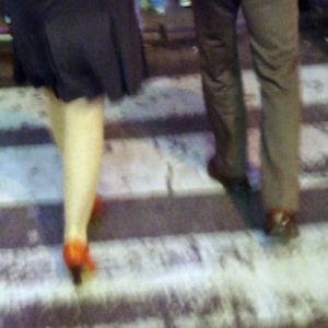 first date, couple walking, heels